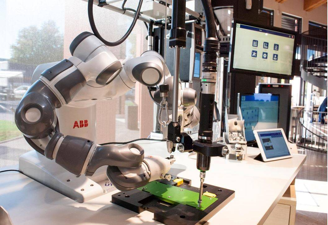 R&D project in Industry 4.0 and Smart Manufacturing